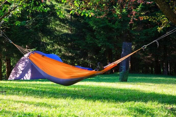 hammock-vs-tent-2 & Hammock Vs Tent: Which Is Better For Your Complete Needs? u2013 Linau0027s ...
