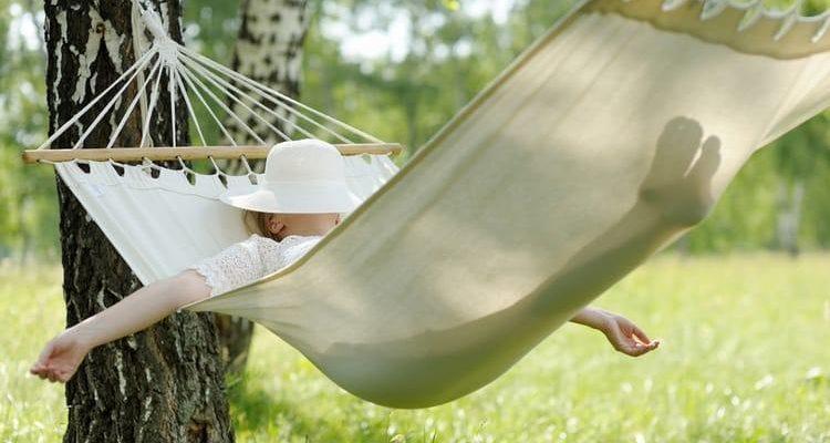How To Sleep In A Hammock Properly – Expert Advice